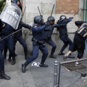 La policía pondrá música durante las cargas