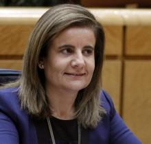Las ministra Báñez anuncia el fin de la crisis para el jueves por la tarde