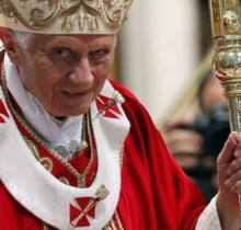 El Papa desmiente la existencia de un asno y un buey en el establo