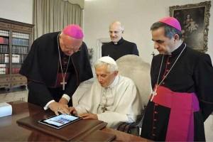 """""""Los tuits del Papa serán la hostia"""", asegura el Vaticano"""