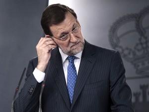Un auricular Bünssen evitará que Rajoy escuche sus propias patrañas