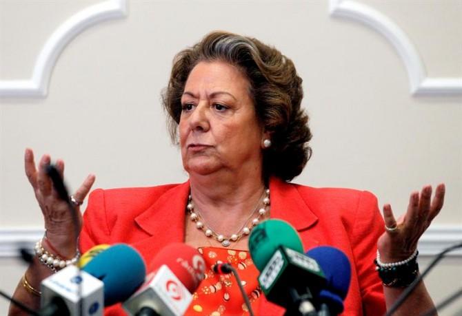 Rita Barberá amenaza con dar una patada en la meseta central