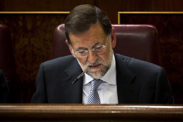 La esposa de Rajoy denuncia que todo lo que le dice su marido es leído