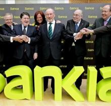 Los bancos, emocionados por el gran apoyo de la policía en los desahucios