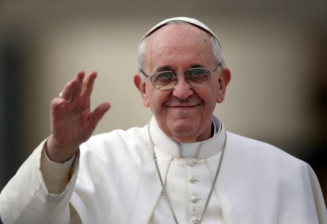 Nuevo gesto del Papa: mañana no tomará postre
