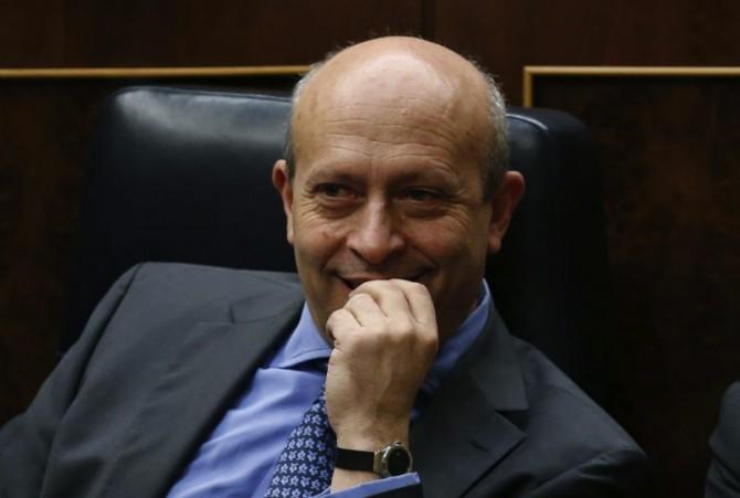 Bruselas pide que se actúe sobre el tronco encefálico del ministro Wert