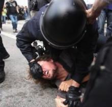 Psicópatas de más de veinte países solicitan su ingreso en la policías antidisturbios española
