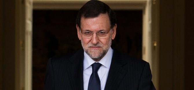 Media España con vómitos y diarreas por el viaje de Rajoy al funeral de Mandela