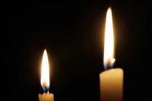 Las eléctricas preparan una tasa para el alumbrado con velas