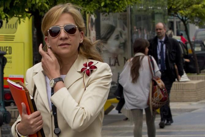"La Infanta Cristina se acoge también al síndrome de ""la esposa idiota"""