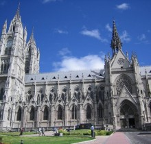 Miles de parados comienzan a construir sus propias catedrales para lucrarse con limosnas y subvenciones