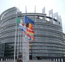 Los partido presentan cien mil sinvergüenzas más de lo recomendado por Bruselas