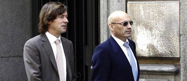 El Gobierno ordena que los jueces independientes lleven un brazalete rojo