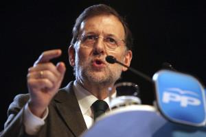 Rajoy propone que solo los auténticos sinvergüenzas, o los idiotas, puedan presentarse a alcalde