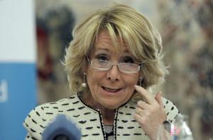 Aguirre cree que ETA controla los pasos cebra de Madrid