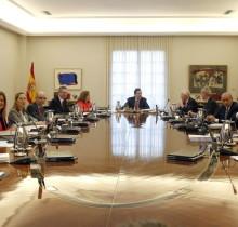 Siete ministros siguen sin levantarse para ir a orinar desde el pasado miércoles