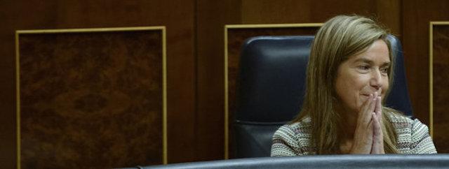 Un rastro de confeti hasta las Maldivas permite al juez Ruz inculpar a Ana Mato