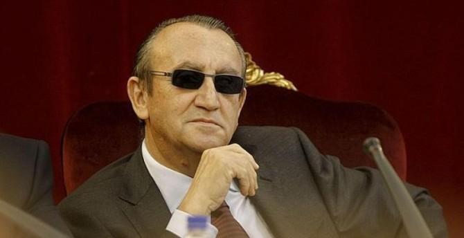 La prisión de Aranjuez confirma que Carlos Fabra se está haciendo todo un hombre