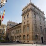 Valencia comprará Mallorca y el sur de Francia con el dinero que devuelvan los corruptos