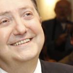 Madrid utilizará baba de Jiménez Losantos para arrancar los chicles de las aceras