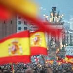 Confirman que cada vez que alguien agita una bandera española desaparecen 1,2 millones de dinero público