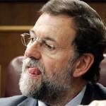 Cazan a Rajoy restregándose el escroto con una PNL aún caliente