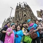 Los turistas, hartos ya de que los barceloneses deambulen por toda la ciudad