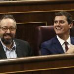 Expertos en vientres de alquiler creen que Rivera y Girauta podrían ser mequetrefes subrogados