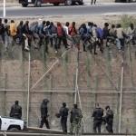 La Guardia Civil teme que pueda haber registradores de la propiedad entre los inmigrantes que saltaron la valla de Melilla