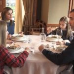La Casa Real niega que se usaran dobles para tomarse la puta sopa del vídeo de la familia de Felipe VI